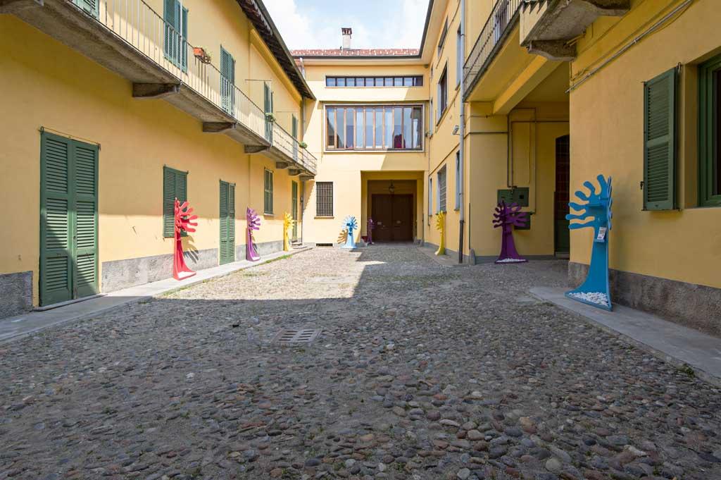 Centro Giovanile Stoà - La via francisca accoglienza cortile